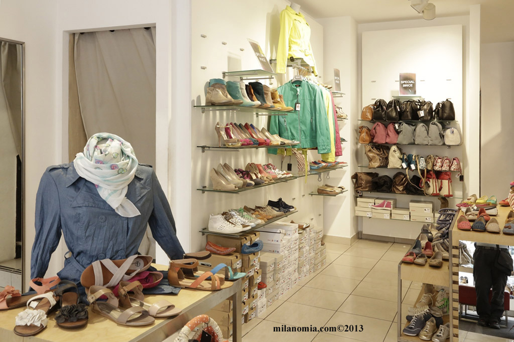 BATA Abbigliamento Calzature Milano