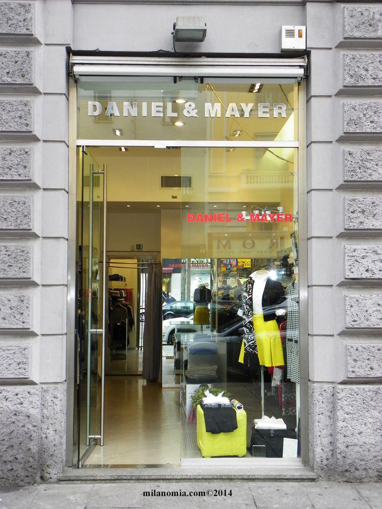 nuovo arrivo 78a73 02eeb Daniel & Mayer Abbigliamento Donna MIlano - Milanomia.com