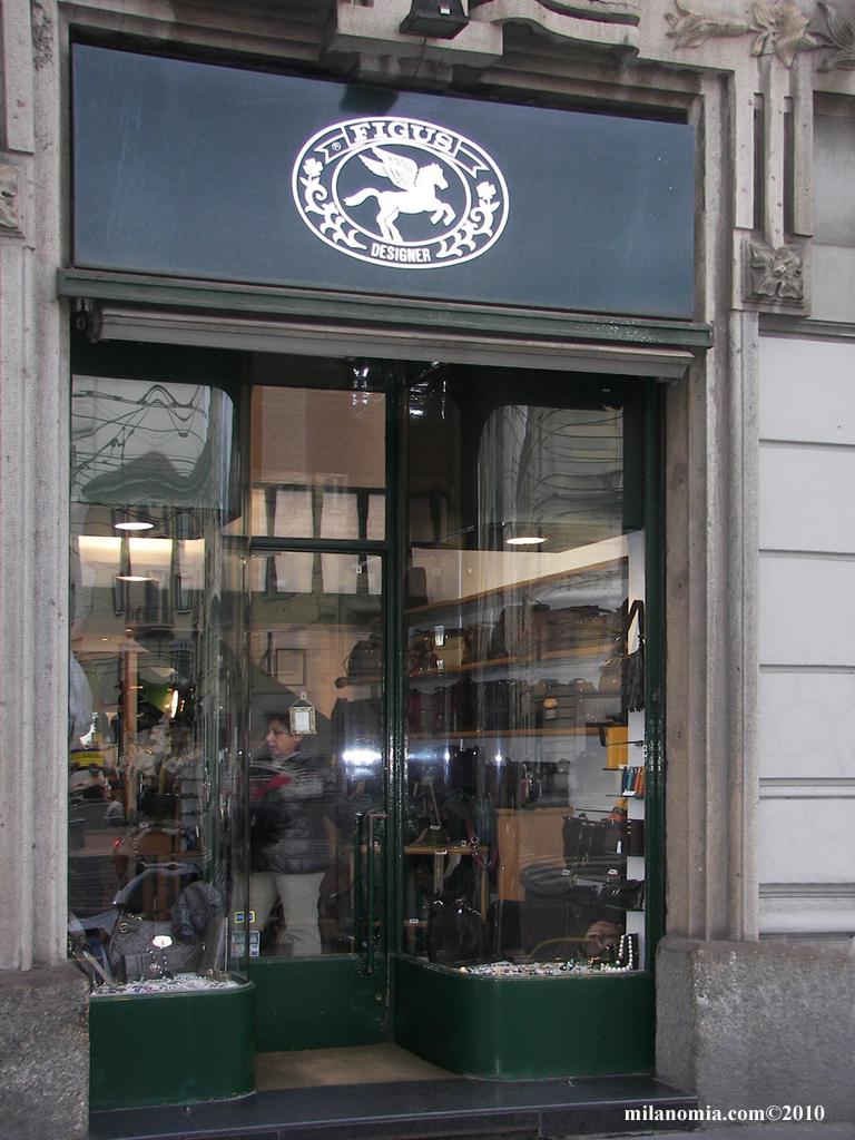 Figus designer pelletteria moda milano for Design gioielli milano