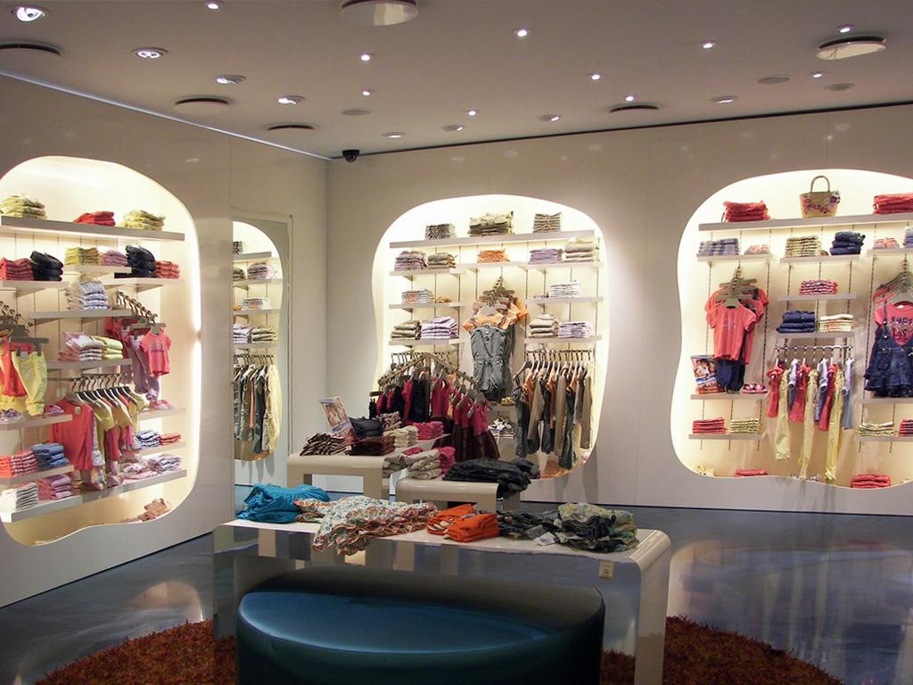 promo code c8723 551ad Guess kids store abbigliamento bambini Milano Milanomia.com