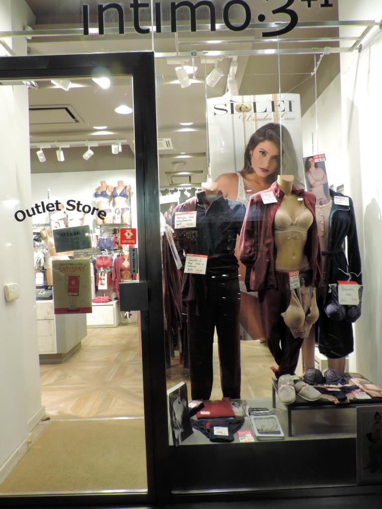 Intimo 3+ Milano lingerie moda mare