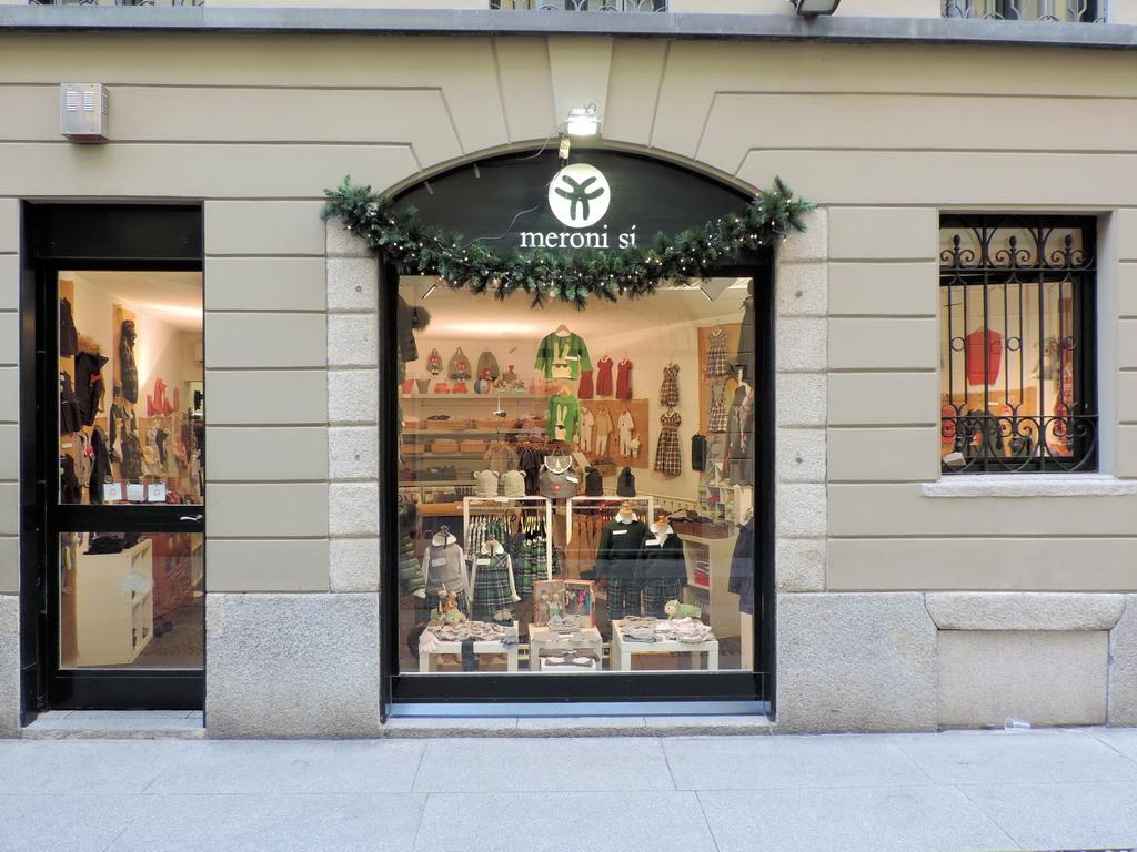 Meroni Si abbigliamento bimbi 0-10 anni Milano