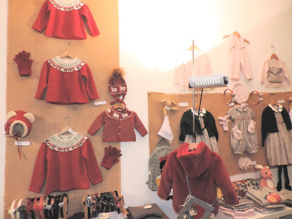 Meroni Si Milano abbigliamento bimbi