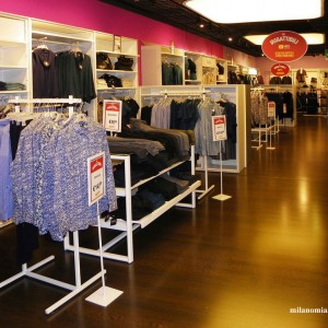 Upim abbigliamento milano for Interno 09 abbigliamento