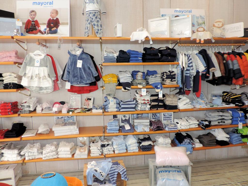 Virgin's Milano abbigliamento donna bambino