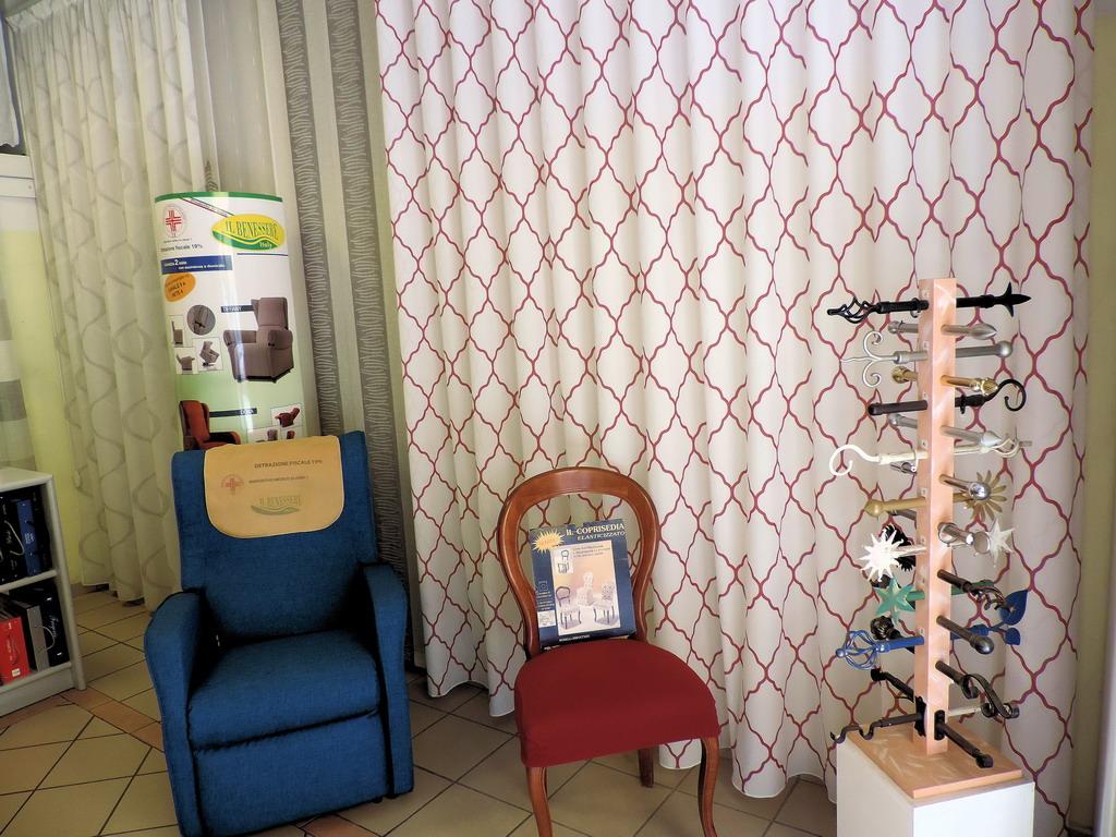 Danese casa tessuti tendaggi milano for Tessuti arredamento outlet milano