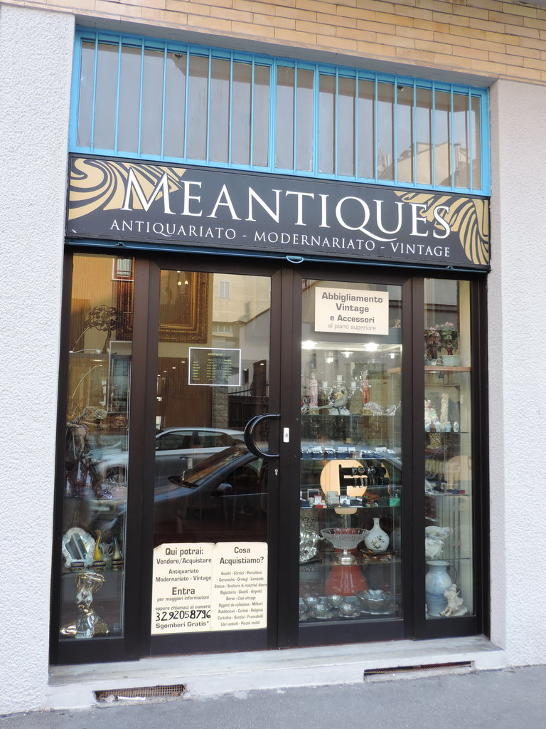 Meantiques antichità antiquariato Milano