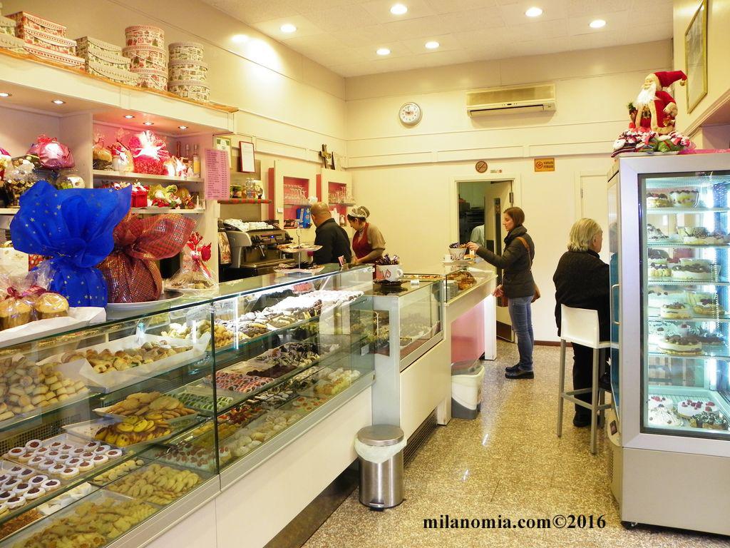 Pasticceria Valente via donatello Milano_007
