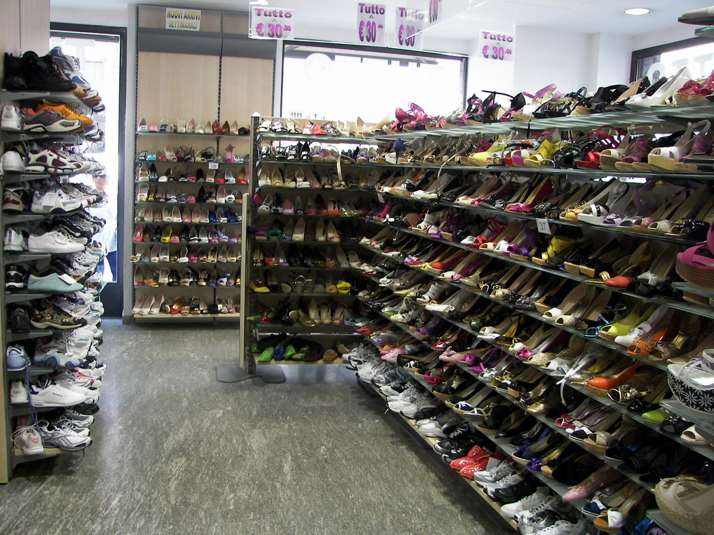 scarpe nike negozi milano