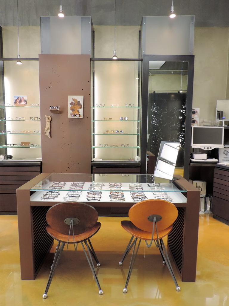 Centro Ottico Randazzi Milano specializzato in lenti progressive