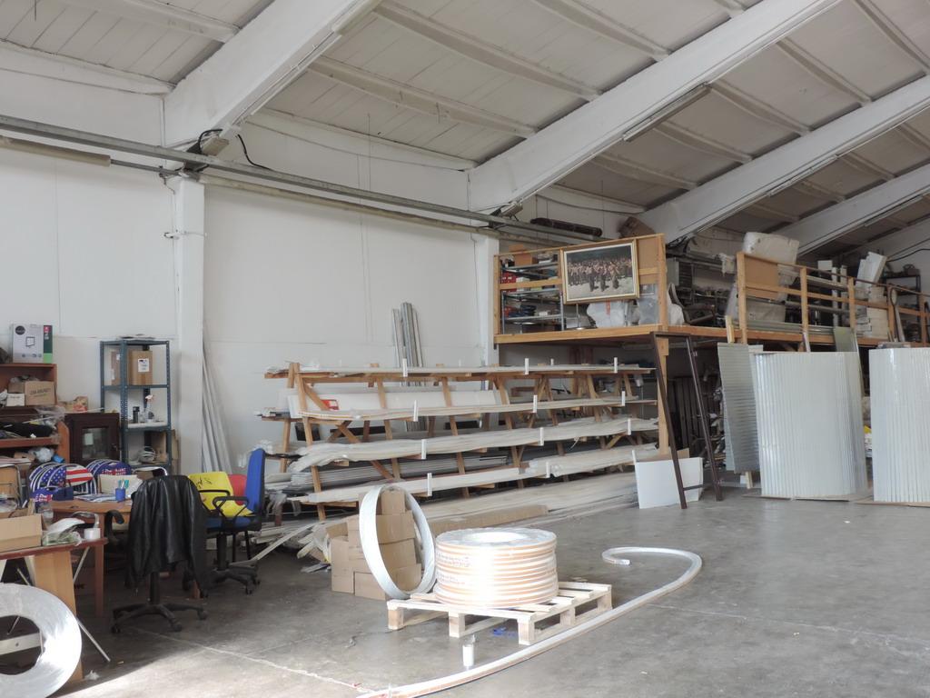 Domis Serramenti produzione installazione vendita Milano