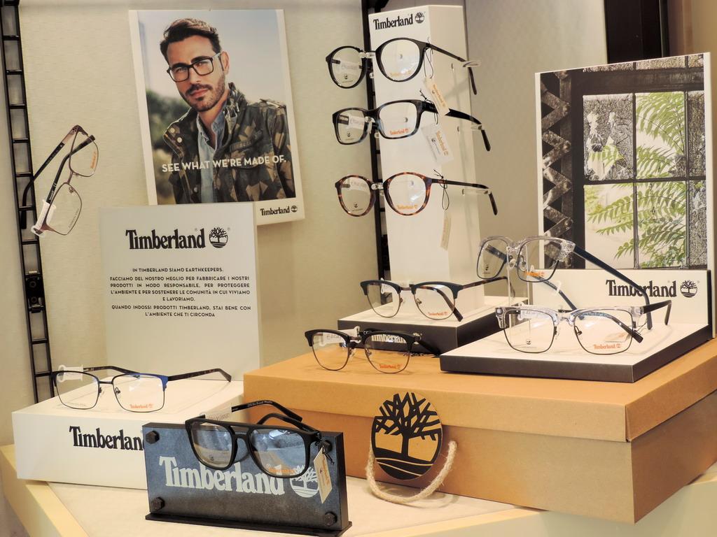 Ottica Bottini occhiali da sole lenti a contatto lenti per pc