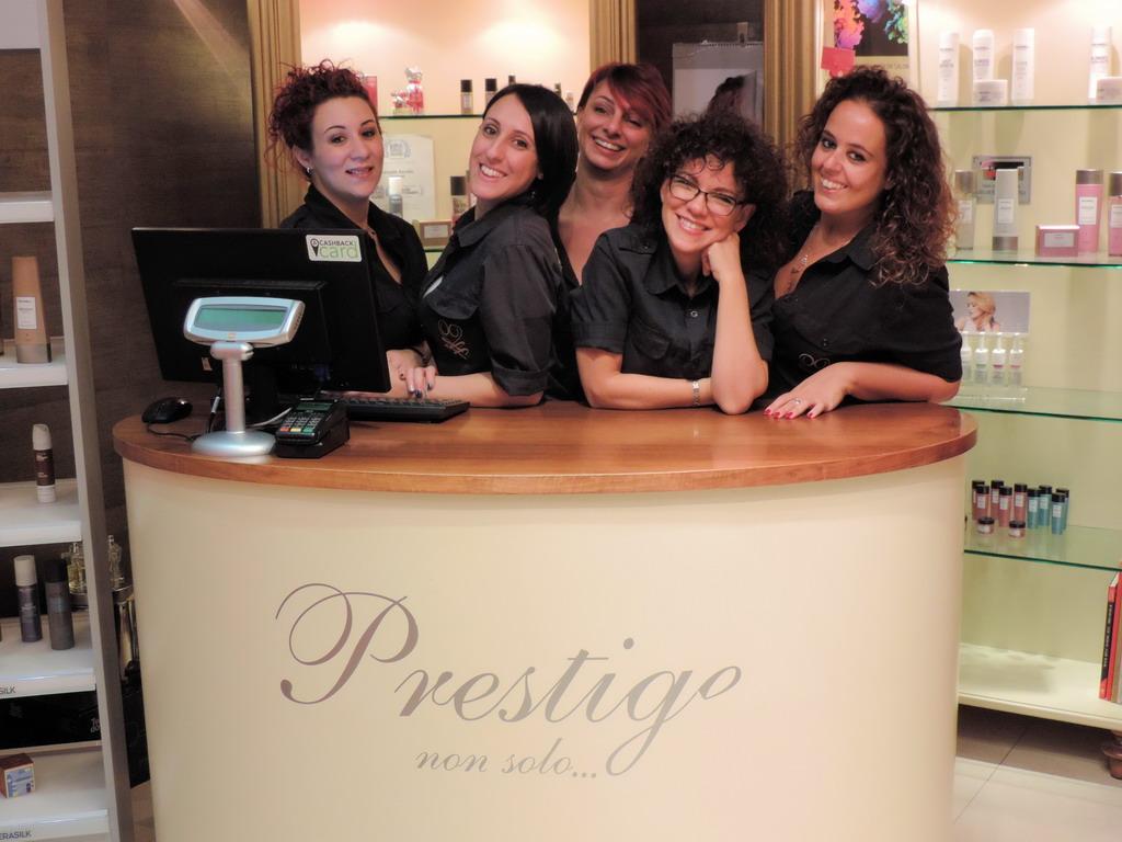 Prestige Non Solo... parrucchiere uomo donna Rozzano Milano