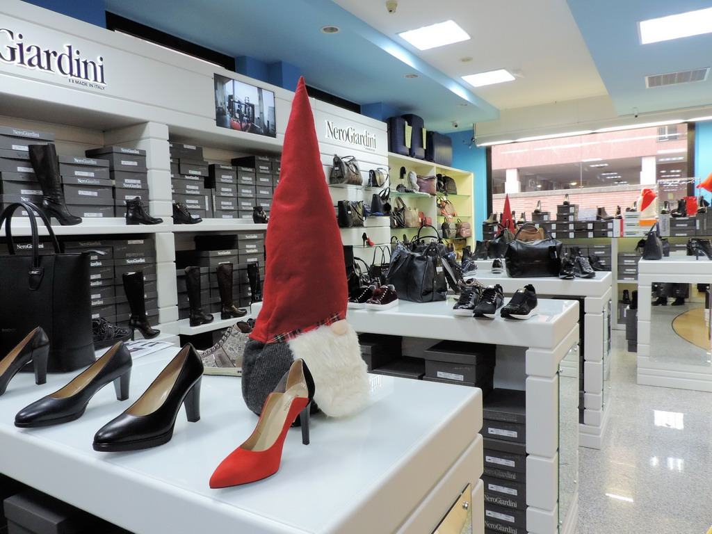 Viganò Calzature Sesto San Giovanni scarpe accessori uomo donna bambino
