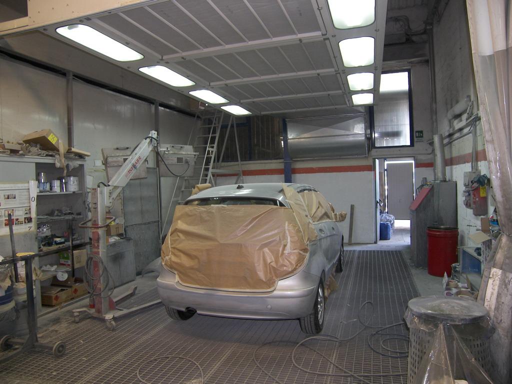 Nuova carrozzeria Marche 04