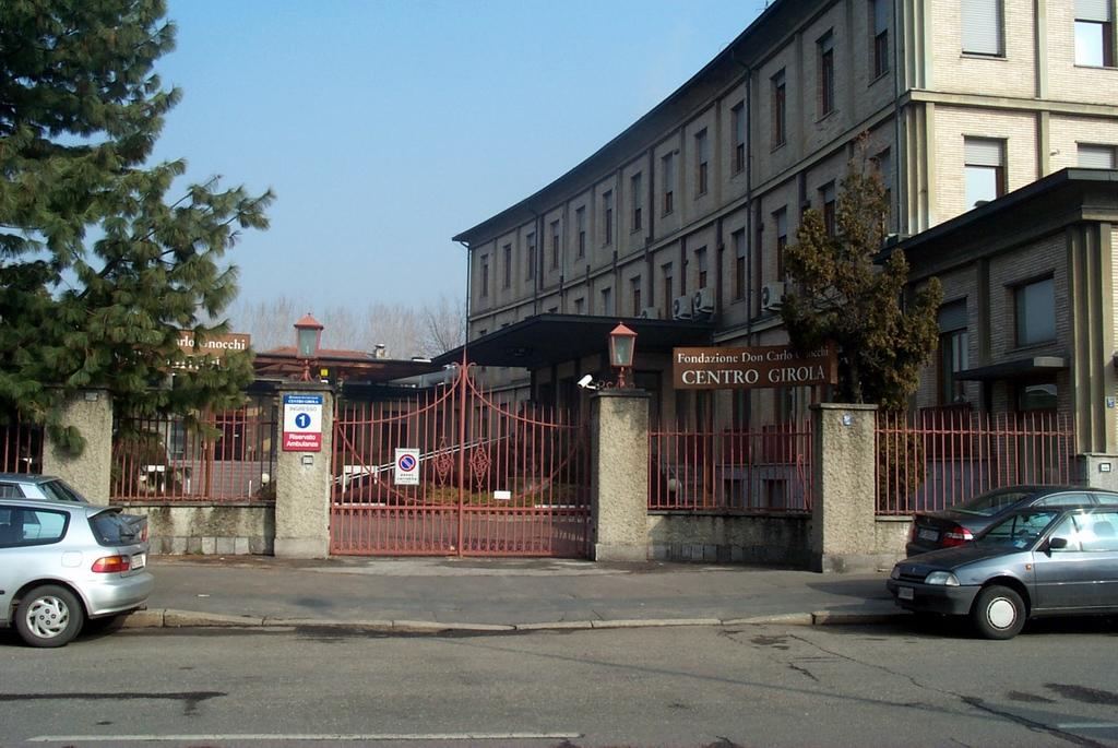 ASCOPRATOCENTENARO Associazione Commercianti 03