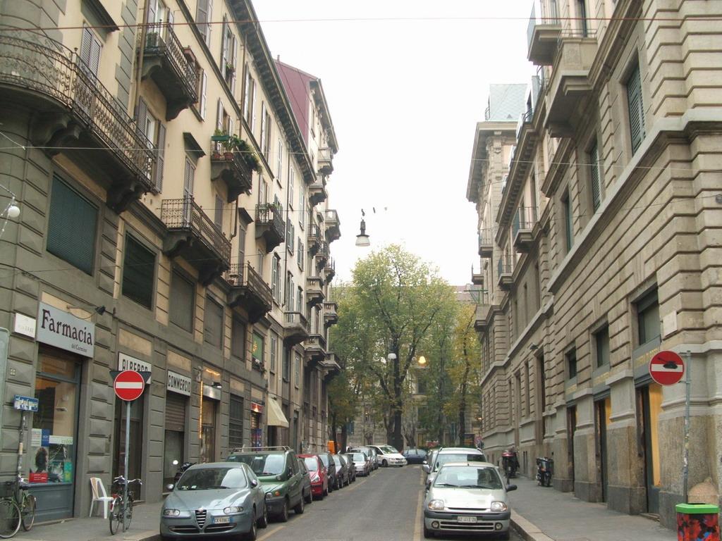 Associazione Commercianti e Artigianidi Via Mercato e adiacenti 01