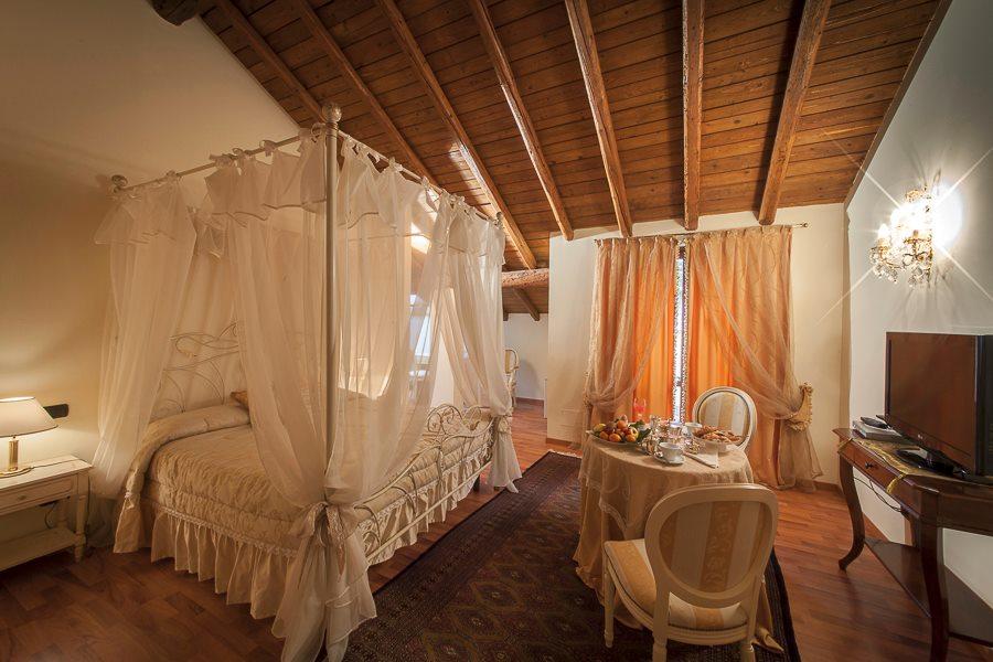 HOTEL Villa Giulia - RISTORANTE Al Terrazzo 03
