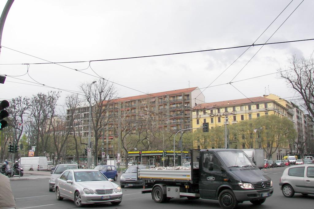 NASCOGIAMB Associazione Commercianti Milano 08