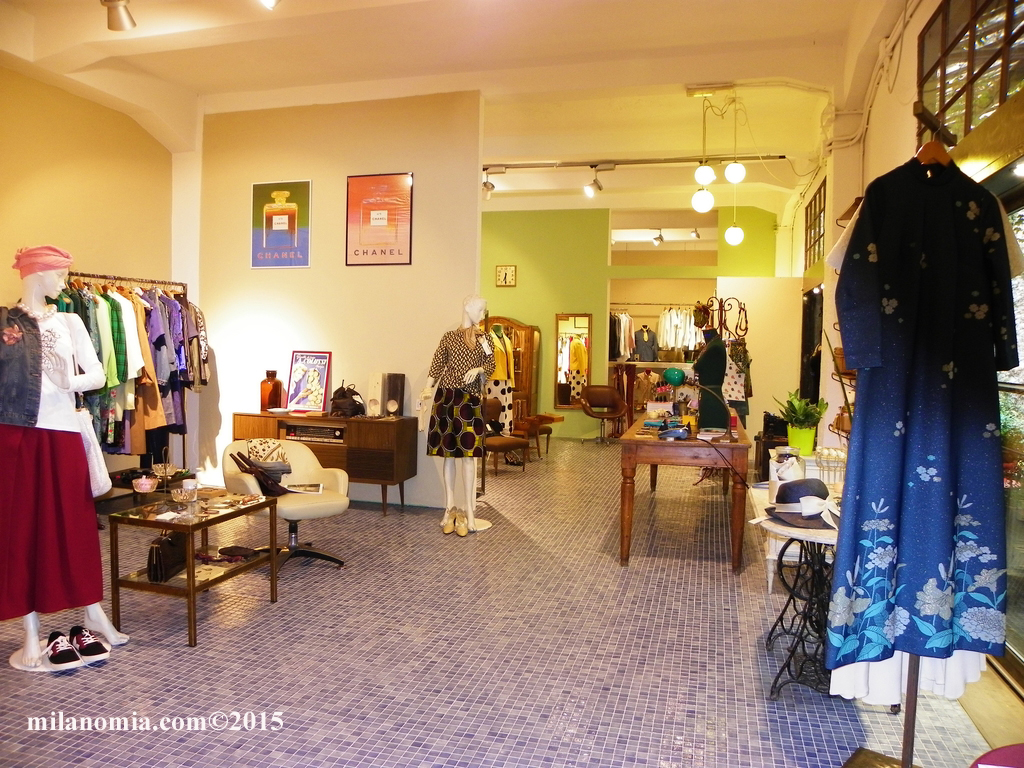 Particelle Complementari abbigliamento accessori Milano 05