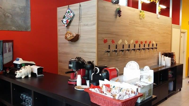 FABBRICA DEL VINO E CAFFE' 02