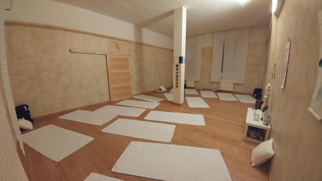 Indra Centro Yoga corsi di yoga a Carugate Milano