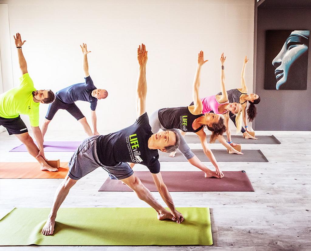 Life Village Gallarate Varese palestra fitness yoga piscina sauna spa